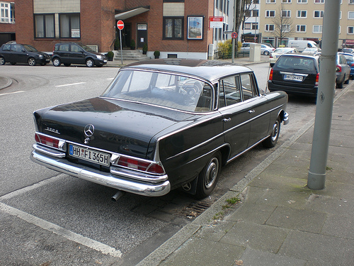 Mercedes Fintail